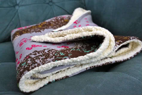 Simple Snuggly Baby Blanket