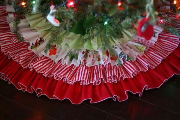 Diy no sew burlap and ticking ruffled christmas tree skirt