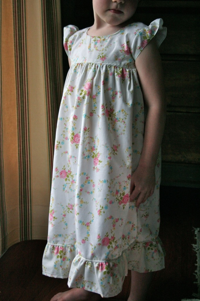 Vintage Pillowcase Nightgown Tutorial Pretty Prudent