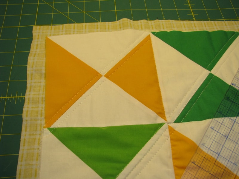 The Easiest Cheat for Binding a Quilt | Pretty Prudent : easiest way to bind a quilt - Adamdwight.com