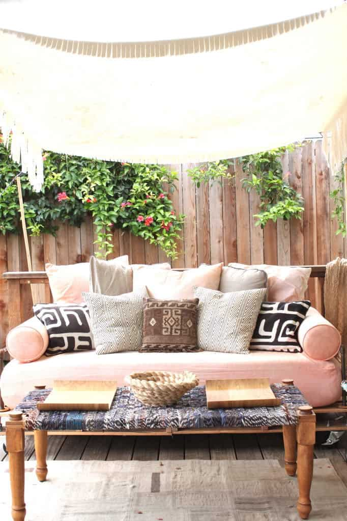 How To Build A Pallet Daybed Pretty Prudent