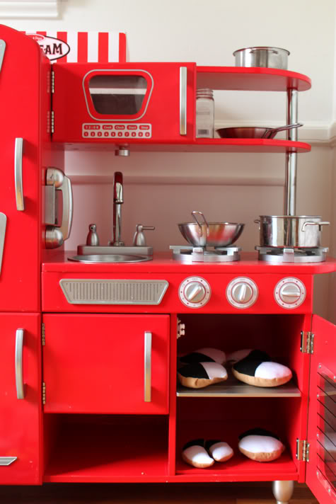 World\'s Greatest Play Kitchen Revealed | Pretty Prudent