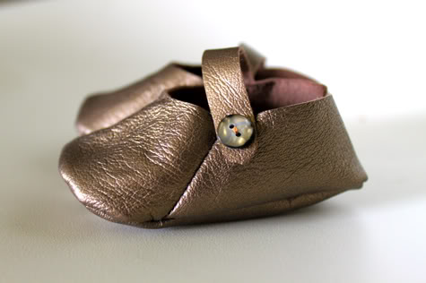 DIY Leather Baby Shoes with Free Pattern | Pretty Prudent