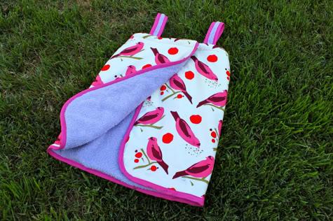 Baby Racer Leggings - Free Knitting Pattern: