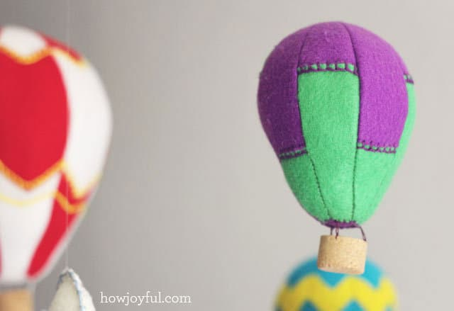 DIY Hot Air Balloon Mobile (Free Pattern!)   Pretty Prudent