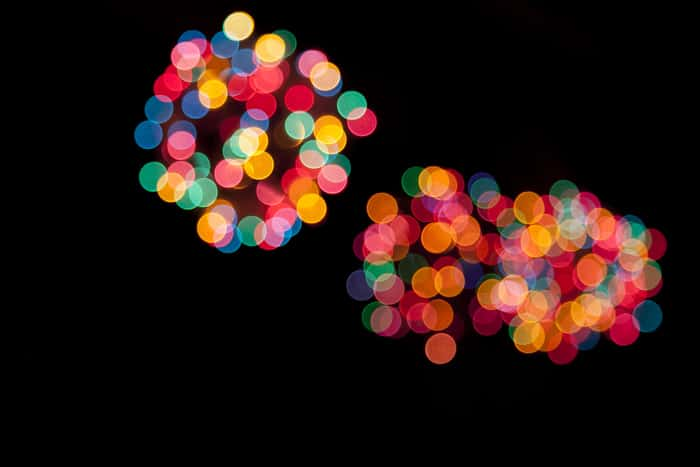 DIY Christmas Light Orbs | Pretty Prudent
