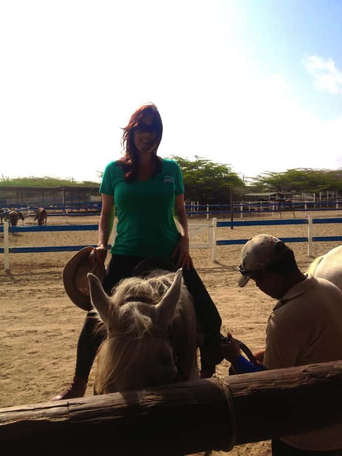 horse back riding aruba