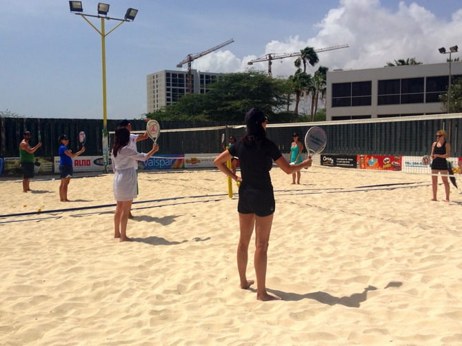 beach tennis lessons 4