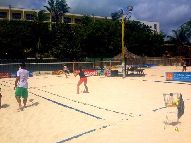 beach tennis lessons 5