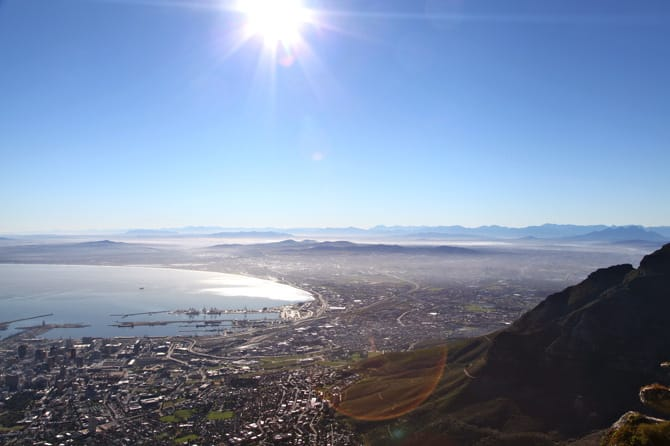 table mountain view of capetown