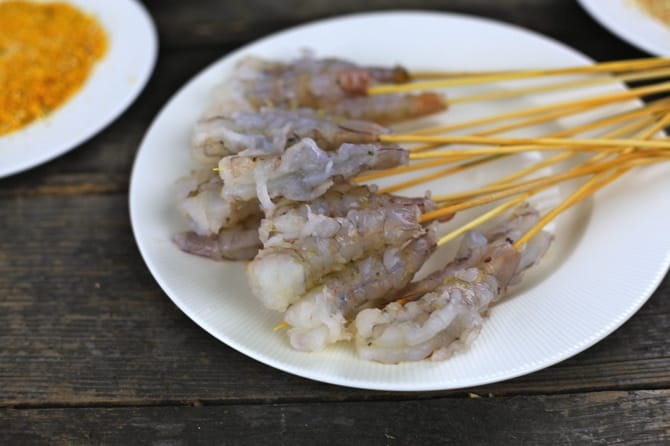put shrimp on sticks