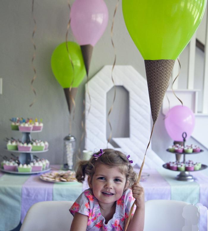 Ice Cream Social Party: Ice Cream Cone Balloon Tutorial