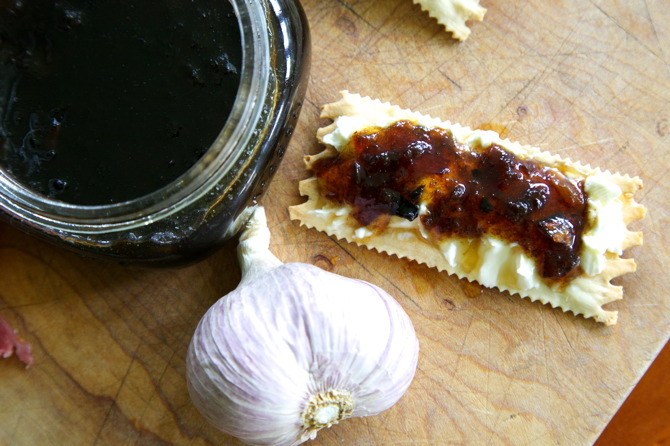 Caramelized onion and roasted garlic jam recipe