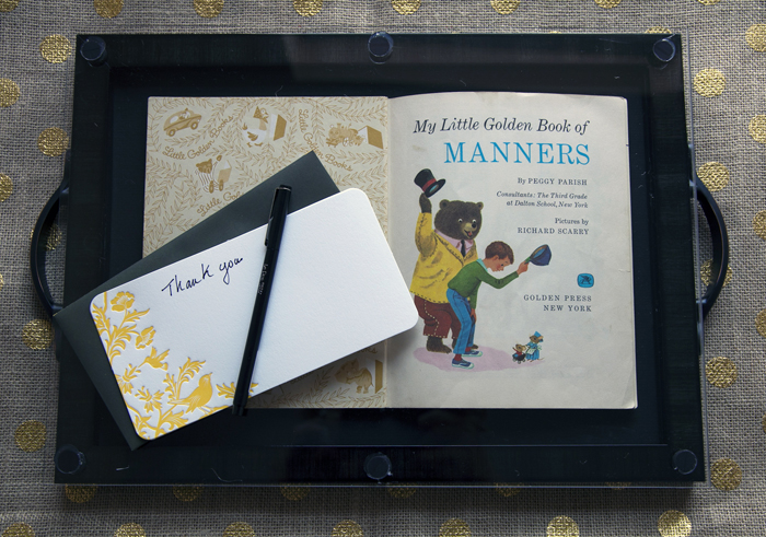 How to frame a book into  book tray