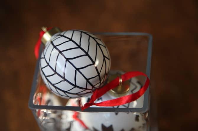 diy sharpie ornament