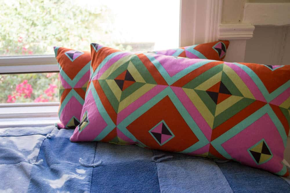 Pretty Prudent Diamond Pillows