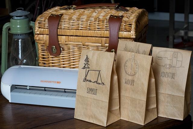 DIY-Custom-Lunch-Bags-640-2-of-4