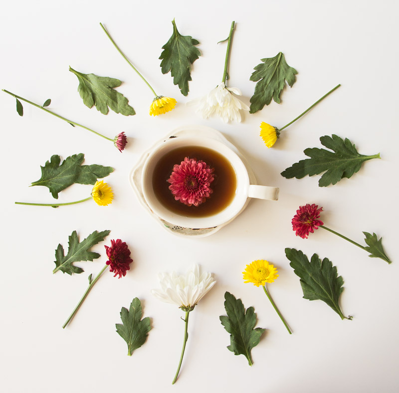 Flower Friday: Teacup Flower Garnishes