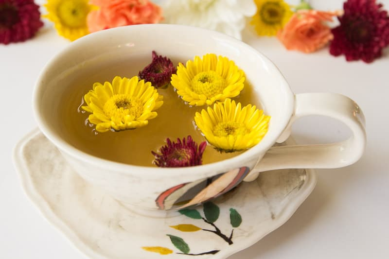 Teacup Flower Garnishes (7 of 11)