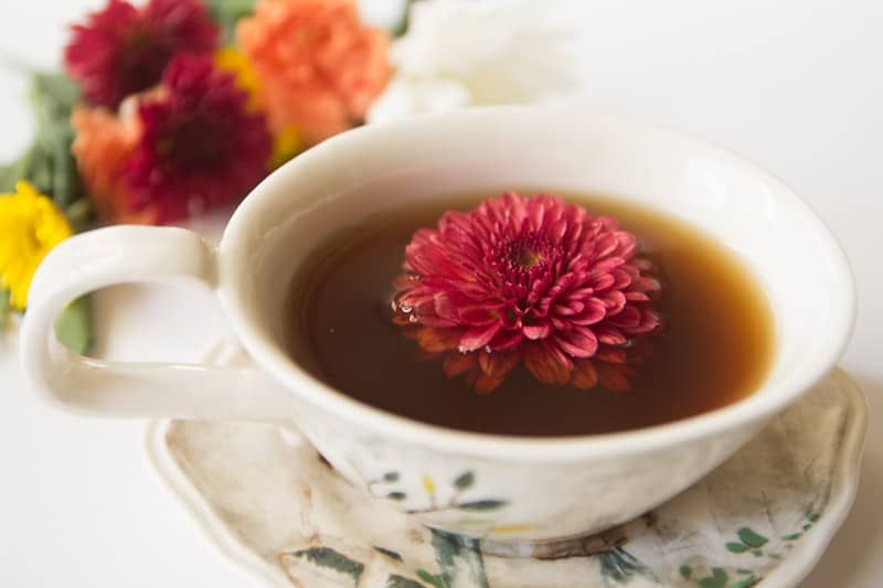 Teacup Flower Garnishes (9 of 11)