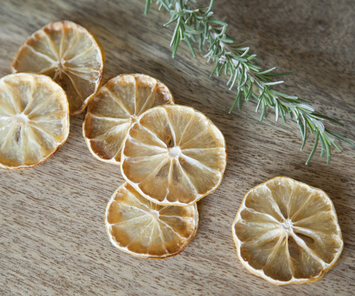 dried lemon slices