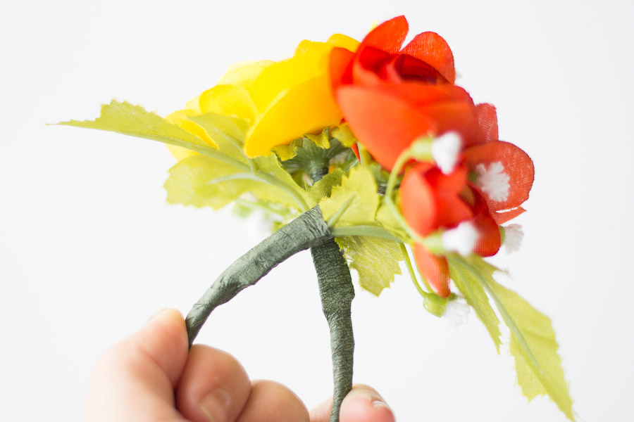 DIY Flower Napkin Rings (7 of 12)