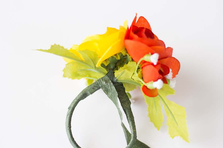 DIY Flower Napkin Rings (10 of 12)