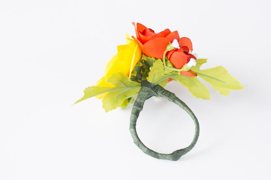 DIY Flower Napkin Rings (11 of 12)