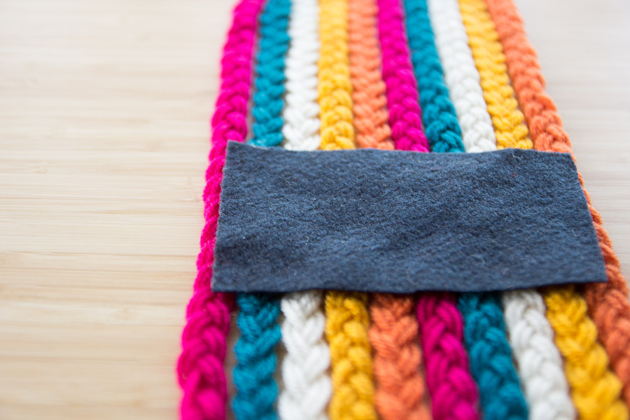DIY BRAIDED YARN TABLE RUNNER ON PRETTY PRUDENT (9 of 10)
