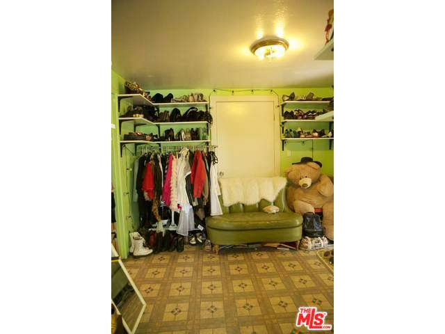 MLS Green Closet