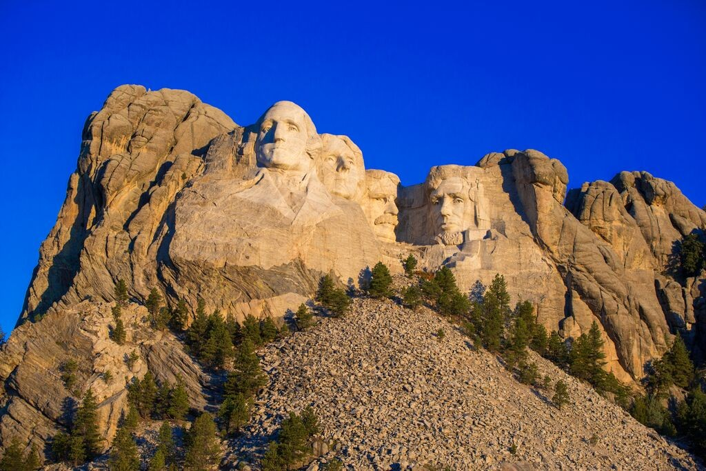 Mount Rushmore Sunrise again