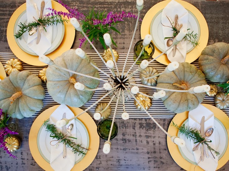 Inspiring Thanksgiving Tablescape with Painted Pumpkins