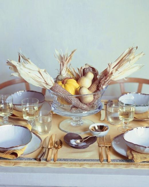 Golden Glitter Thanksgiving Tablescape