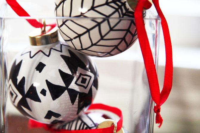 DIY Sharpie Ornaments