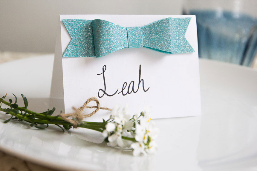DIY-Glitter-Bow-Place-Cards-on-Pretty-Prudent