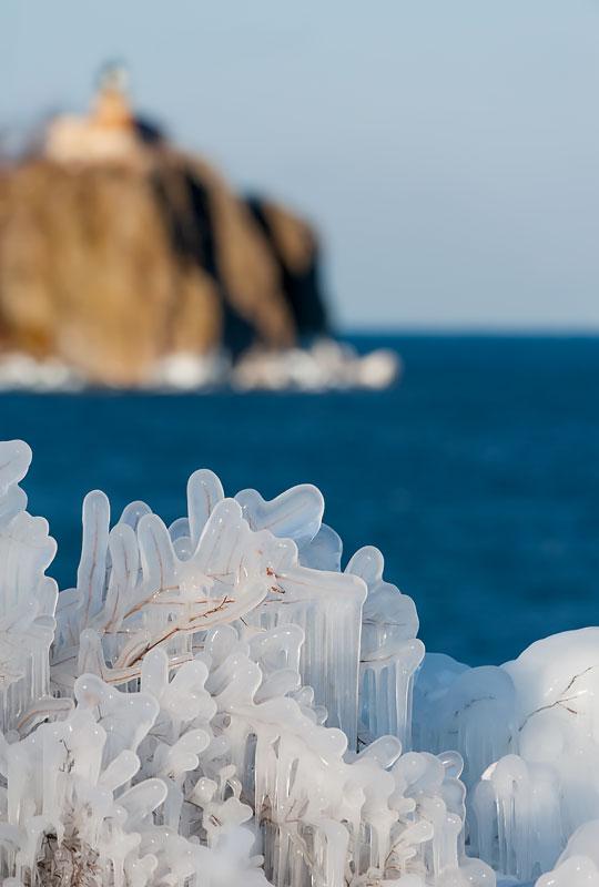 Minnesota_Ice-Lighthouse_BL02719-Edit