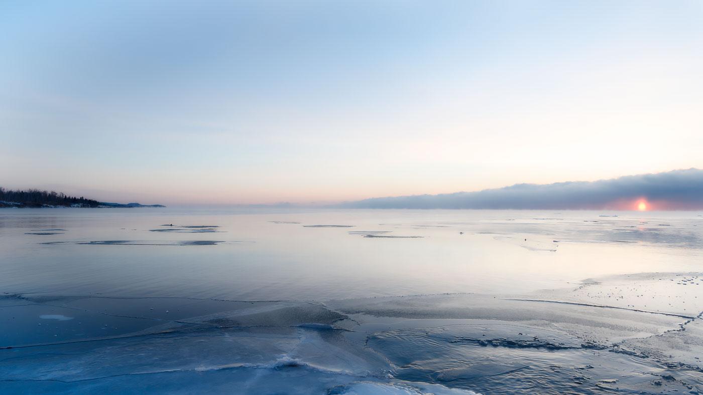 Minnesota_Lake-Superior_BJL1430
