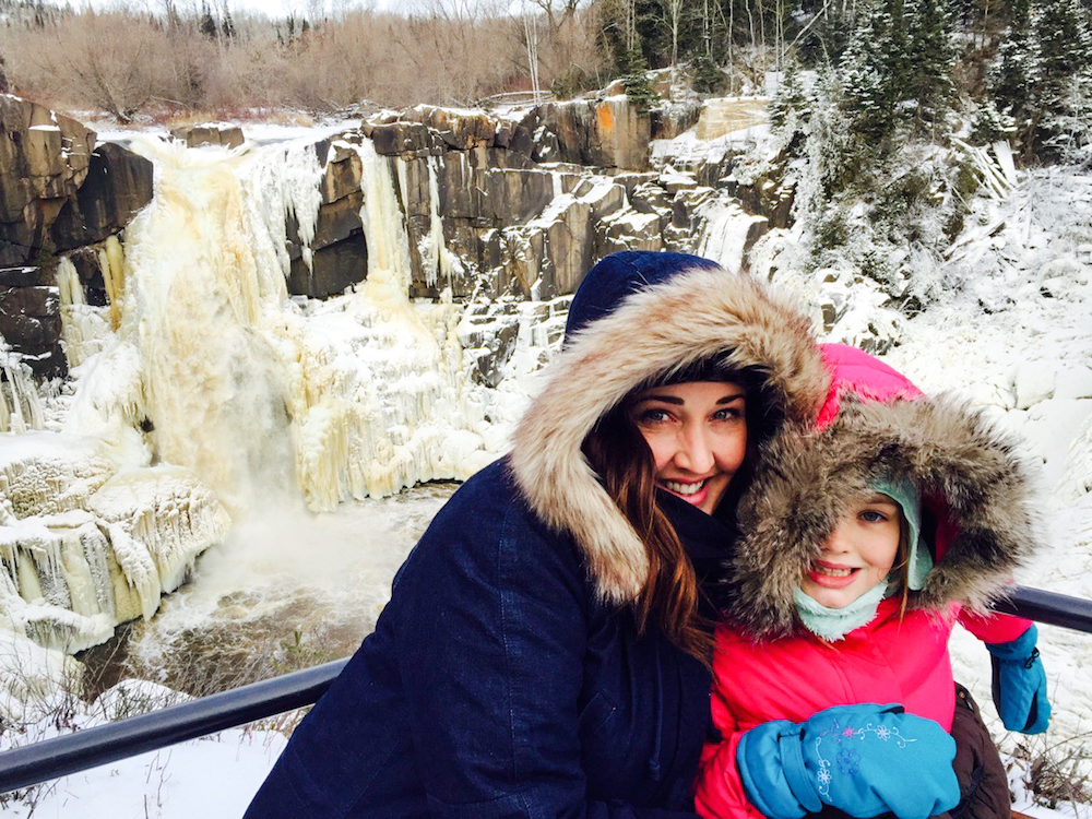 Minnesota High Falls Jaime and Scarlet