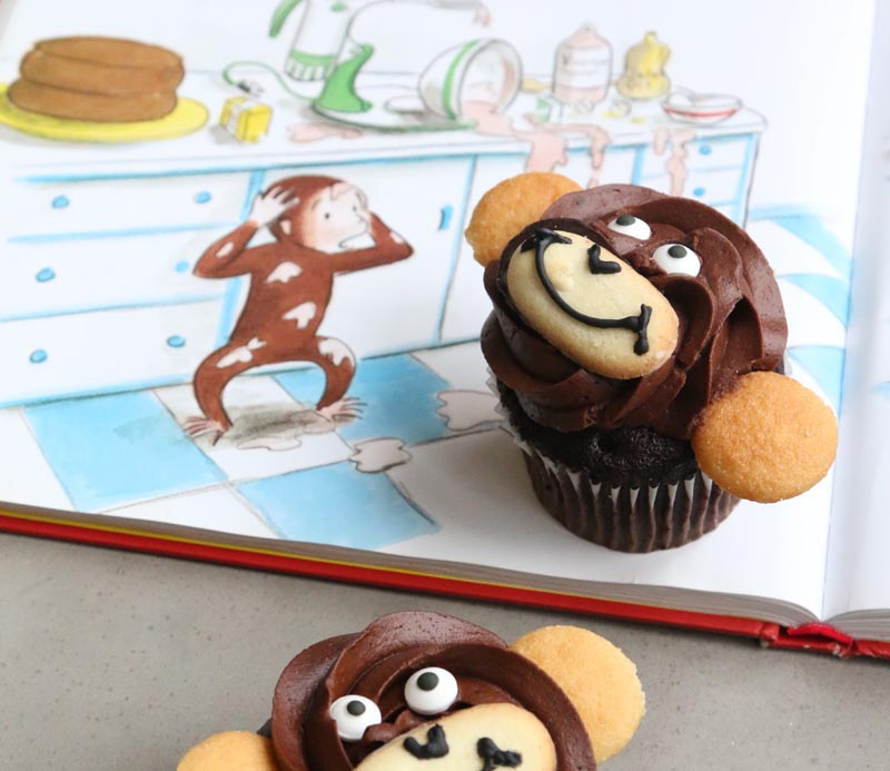How to make a monkey cupcake