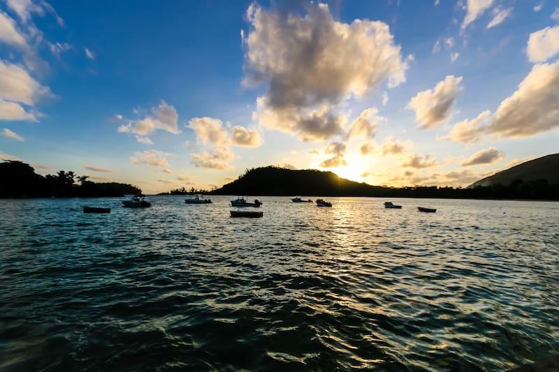 Seychelles Del Place Restaurant sunset